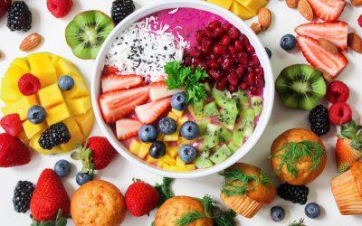 อาหารที่ควรรับประทานและหลีกเลี่ยงหลังคลอด